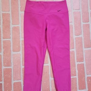 Nike Dri Fit Pink HR Capri